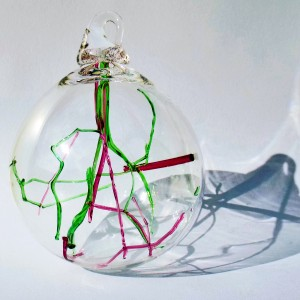 2.©SALT glass studios.Limited Edition Clear Baubles Sphere with Red & Green Thread InclusionsDSCF5838